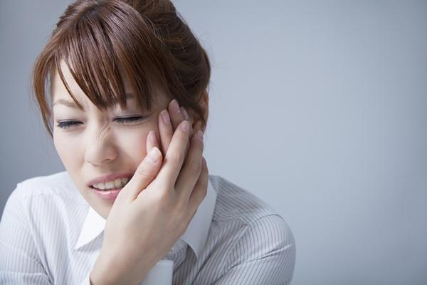歯がしみる知覚過敏